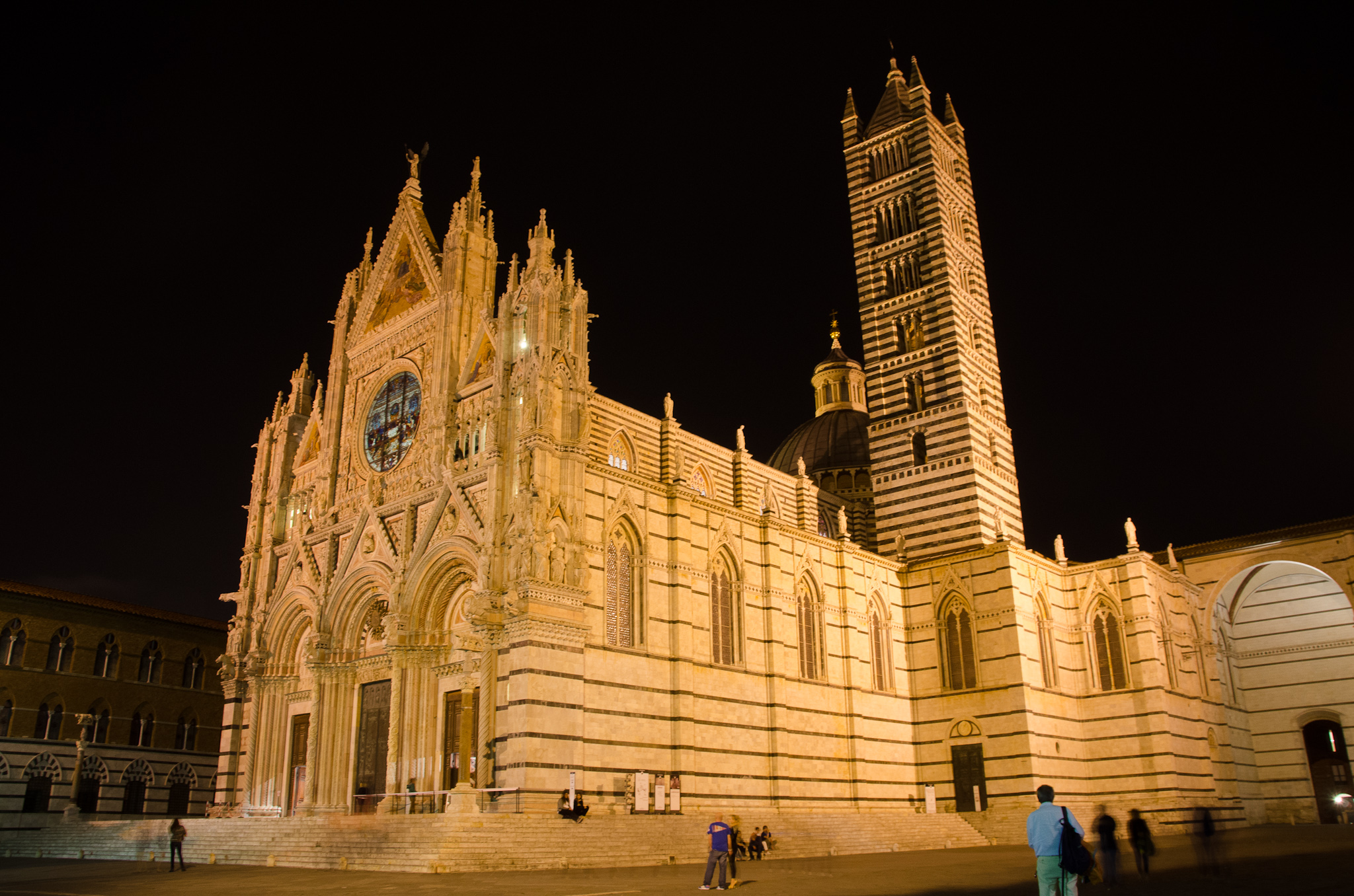 Siena is always wonderful, but especially at night